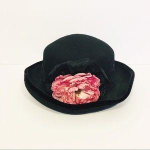 Vintage 90's style wool hat black floral